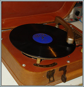 Symphonic model 923 Phonograph AFTER Restoration Gallery